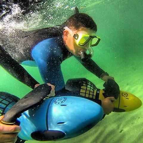 underwater-scuba-motor.jpg